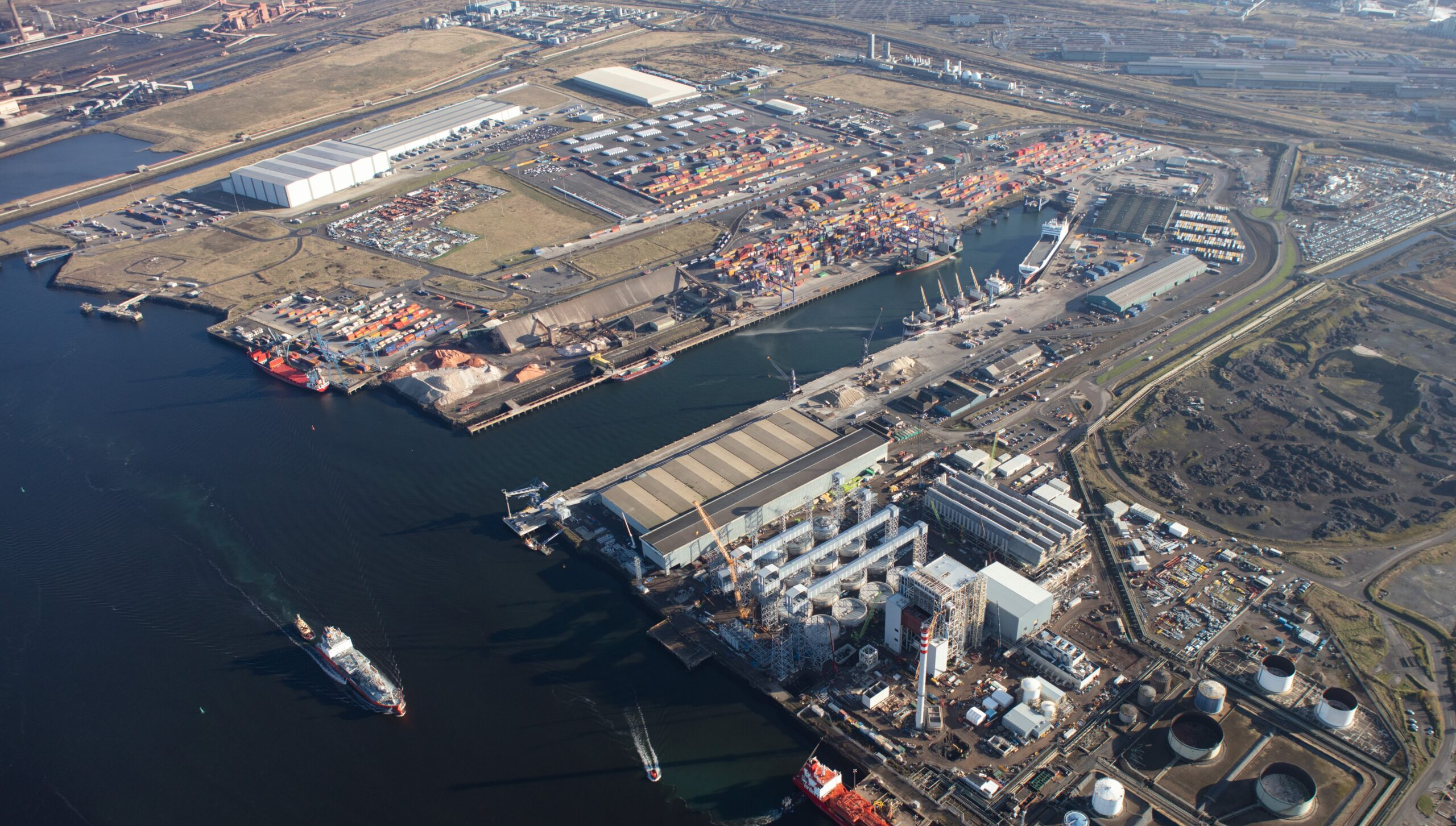 Port of Rotterdam extends its digital influence