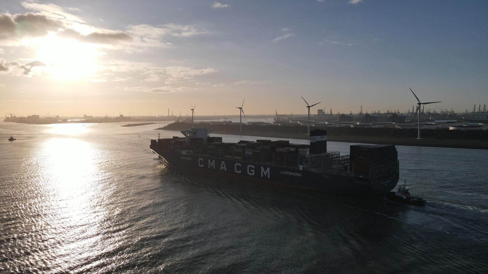 CMA CGM orders 22 new vessels