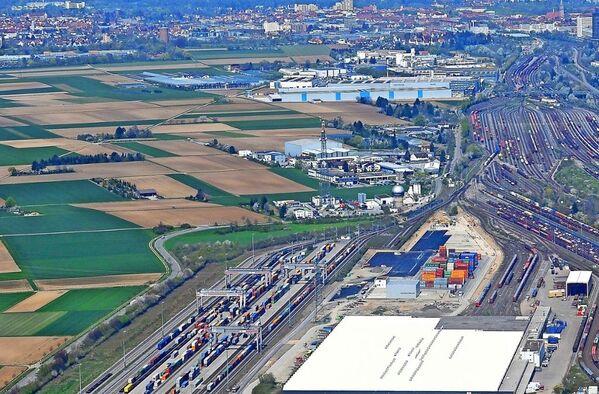 Third module for Stuttgart intermodal rail terminal