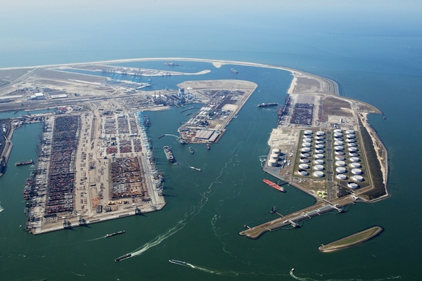 Hutchison Ports' takeover of APM Terminals-Rotterdam terminal completed