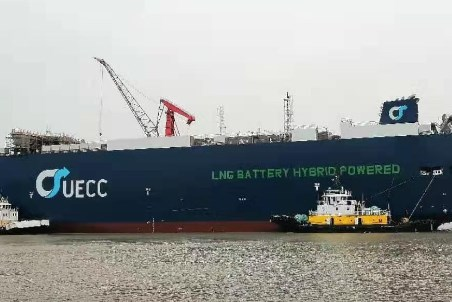UECC's first LNG-battery hybrid PCTCs