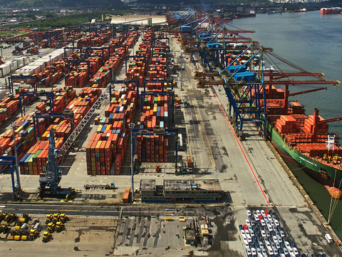 Pandemic impacts on Latin American ports