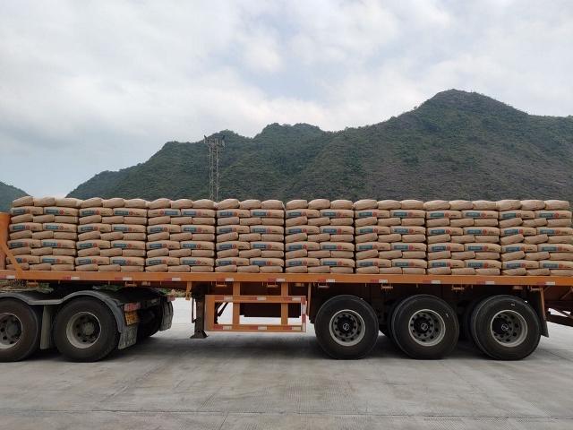Automatic truck loading system to Vietnam
