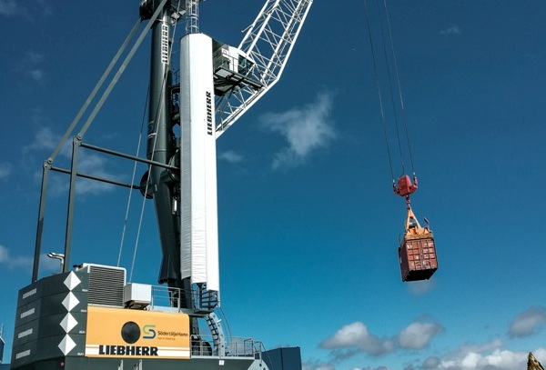 First Liebherr mobile harbour crane with HVO100