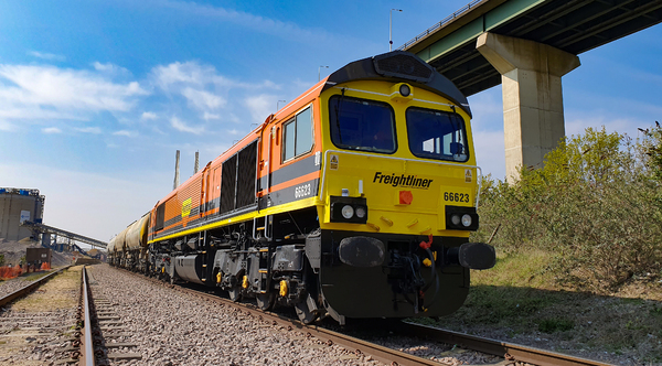 UK government funding for dual-fuel Class 66 locos