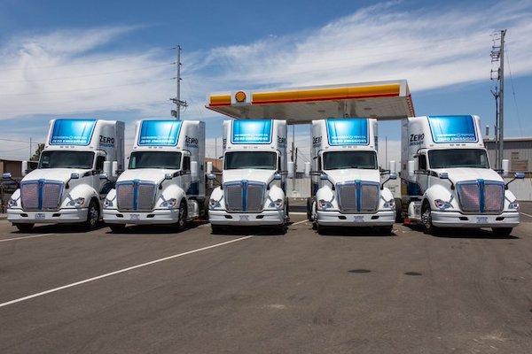 LosAngeles debuts five hydrogen fuel cell trucks