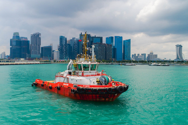 Remote tug trial in Singapore