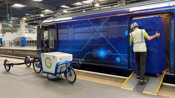 Orion and Network Rail in fast rail freight demonstration